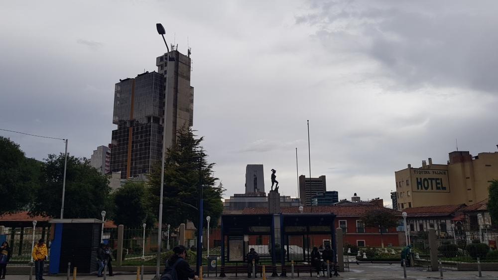 17 La Paz Plaza