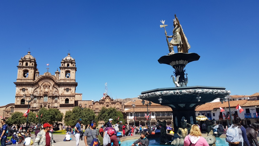 28 Cusco Plaza Mayor