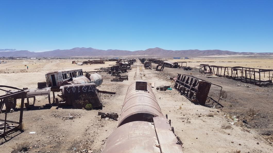 6 cementerio de trenes